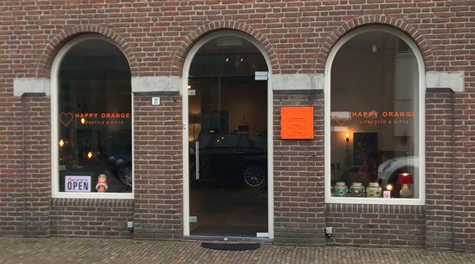 happy orange winkel